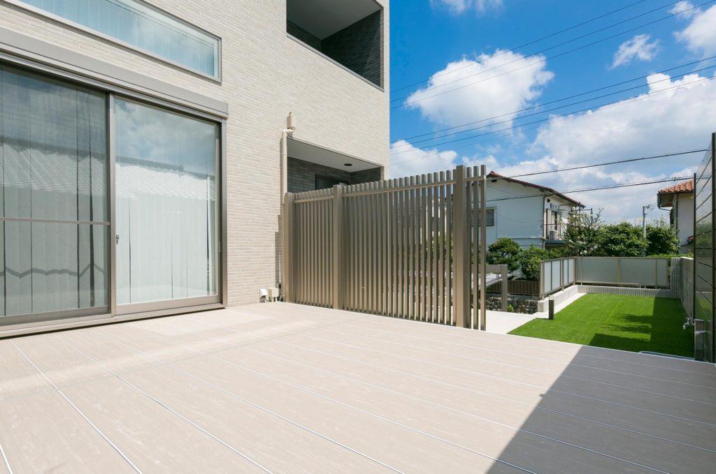 ガーデンライフが楽しくなるガーデンリビング「ラステラ」の施工例