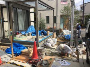 【三協アルミU.スタイル、ハピーナ】カーポートとガーデンルームで使い勝手の良いお庭へ【神戸市西区】(施工の様子)