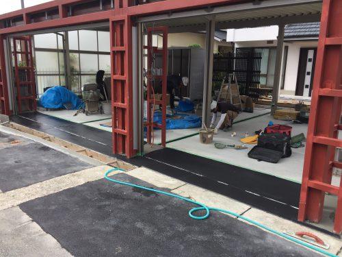 神戸市垂水区 ガレージシャッター工事中